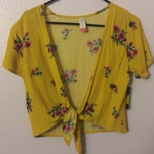 Dusty Yellow Floral Top Women's M
